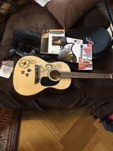 First Act Guitar Set Lightly Used in Stuttgart, GE