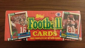 1990 Topps National Football League (NFL) Trading Cards in Fort Riley, Kansas