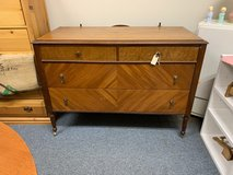 Dresser in Naperville, Illinois