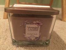 Yankee candle 3 wick sunlight sands candle in Oswego, Illinois
