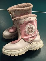 Girls Winter Snow Boots   -  3 in Glendale Heights, Illinois