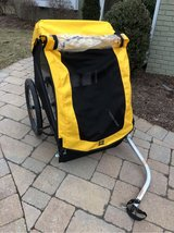 Burley Bee 2 Seat Bike Trailer in Naperville, Illinois