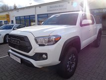 2018 TOYOTA TACOMA CREW TRD OFF ROAD awd in Ramstein, Germany