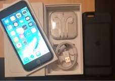 iPhone 6 128GB w/battery case in Ramstein, Germany
