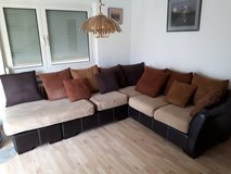 Comfortable Sectional Couch in Stuttgart, GE