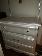 Distressed Antique Dresser With Mirror in Fort Polk, Louisiana