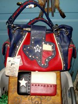 MONTANA WEST TEXAS PURSE / HANDBAG NEW with TAGS plus TEXAS WALLET in Alamogordo, New Mexico