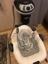 Baby swing/ bouncer in Chicago, Illinois