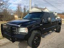 Truck, 2005, Ford F-250 Lariat Superduty, 6.0I in Fort Knox, Kentucky