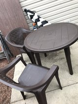 4 patio chairs and table in Joliet, Illinois