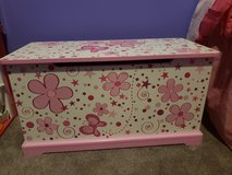 Wood Butterfly Toys Box Bench in Fort Campbell, Kentucky