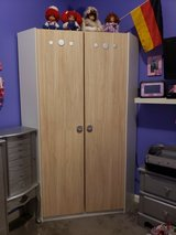 LN Corner Wardrobe Closet in Fort Campbell, Kentucky