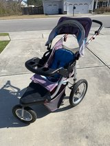 Schwinn Jogging stroller in Camp Lejeune, North Carolina