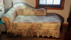 Fainting Couch in Aurora, Illinois