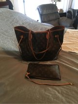 Louis Vuitton neverfull w/ make up bag in Houston, Texas