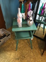 """Small table t24"""" w 15"""" in The Woodlands, Texas"""