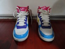 2008 NIKE MULTI-COLOR BLUE PINK PURPLE WHITE YELLOW in Fairfield, California