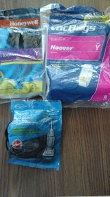 Hoover Y Bags and belts Vacuum in Oswego, Illinois