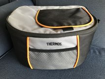 THERMOS ELEMENT 5 SIX CAN COOLER/LUNCH BOX in Okinawa, Japan