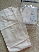 2 Brand New King Pillow Cases 525 ct. Croft & Barrow in Camp Lejeune, North Carolina
