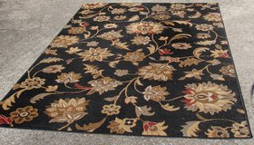 Area Rug 5x8 in Fort Campbell, Kentucky