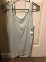 NWT Old Navy Fitted Tank [XL] in Beaufort, South Carolina