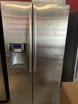 fridge Samsung side by side like new. refrigerador SAMSUNG side by side ( como nuevo) in Houston, Texas