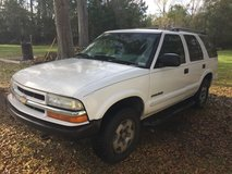 2004 Chevy Blazer 4d 4.3 ls 4x4  needs Transmission in Beaufort, South Carolina