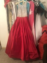 Prom/Formal/Ball Gown in Fort Leonard Wood, Missouri
