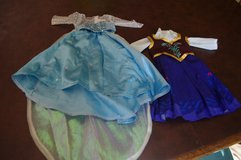 American Girl Frozen Outfits for Elsa and Anna in Stuttgart, GE