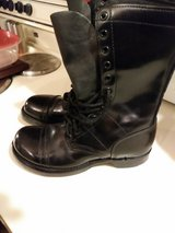 Female jump boots in Clarksville, Tennessee