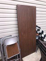 6ft table and 4 chairs in Naperville, Illinois