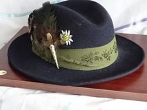 "Oktoberfest ""Trachtenhut"" (female) size S (German 54cm) with featherornament in Ramstein, Germany"