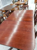 ANTIQUE DUNCAN PHYFE TABLE AND 6 CHAIRS in Byron, Georgia