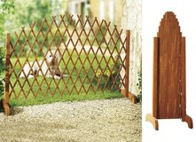 new wooden extendable trellis fence in Ramstein, Germany