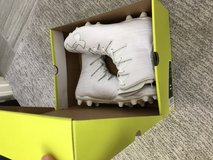 Under armour highlight mc men's cleats in Camp Pendleton, California