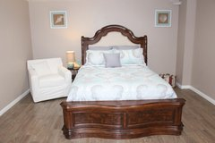 Queen Size Bed (including mattress) in Kingwood, Texas
