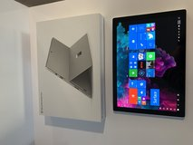 Microsoft Surface Pro 6 8th Gen Tablet in Stuttgart, GE
