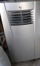 Portable  Air conditioning Unit/Small room A/C in 29 Palms, California