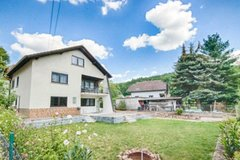 Available now! Beautiful renovated home is waiting for you in Fischbach in Ramstein, Germany