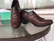 Easy street  9m easy motion tan/brown croco new in box womens in Bolingbrook, Illinois