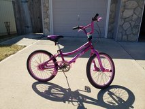 "20"" Kent Girls Bike - Like New in Fort Leavenworth, Kansas"