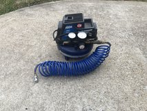 100 PSI Air Compressor in Fort Campbell, Kentucky