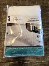 King Waterproof Mattress Pad in Clarksville, Tennessee
