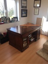 executive desk in Ramstein, Germany