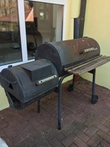 """Char-Broil """"smoker""""/charcoal grill in Ramstein, Germany"""