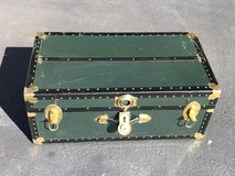 Vintage Chest Trunk Foot Locker with Removable Inside Shelf in Naperville, Illinois
