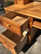 : ) Stanley Wood Desk w/Hutch Top in Wheaton, Illinois