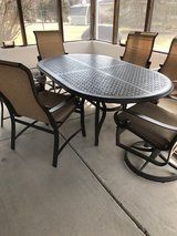Patio Table and 6 chairs in Oswego, Illinois