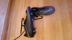 Nike soccer cleats used but excellent condition in Aurora, Illinois